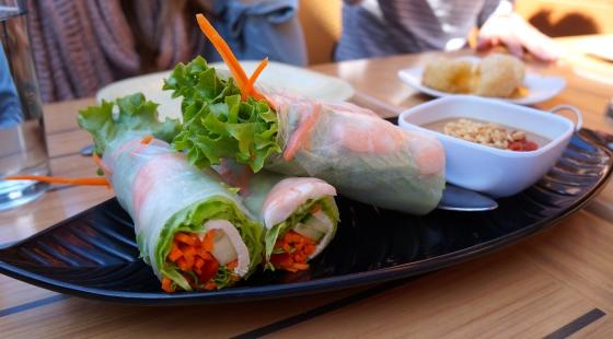 Jade salad rolls