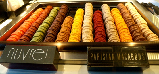 12 Different flavors of French macarons