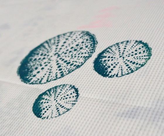 close up - shell print