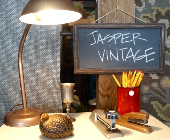 Jasper Vintage booth